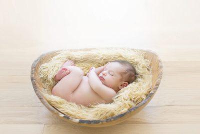 on-location-maryland-newborn-baby