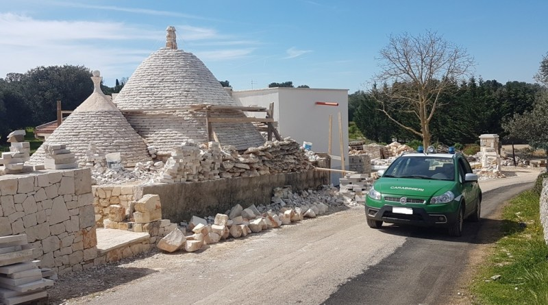 Ceglie messapica: lavori abusivi in un terreno con trulli. Sequestro dei forestali
