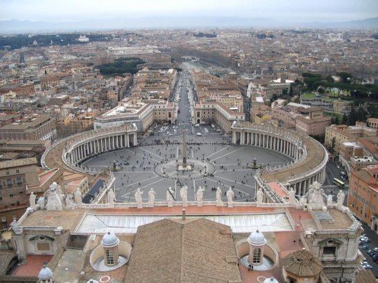 San Pietro, vista cupola.jpg