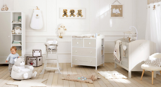 chambre bebe blanche taupe