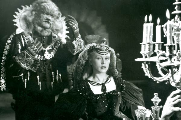 Le film La Belle et la Bête de Jean Cocteau (1946) va-t-il influencer la prochaine adaptation de Harumo Sanazaki ?