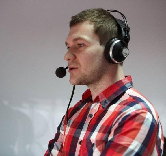 В'ячеслав Лопушанський – редактор спортивних новин ТРК «Рось», прес-секретар «Черкаських Мавп», редактор сайту «Черкаський спорт».