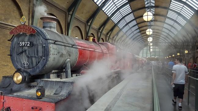 Hogwarts Express_Universal