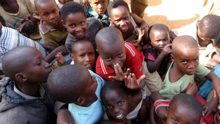 NU-ODD/pauvreté en Afrique /Conseil consultatif des enfants et des jeunes/Rapport sur le futur démographique de l'Afrique et sur ses défis