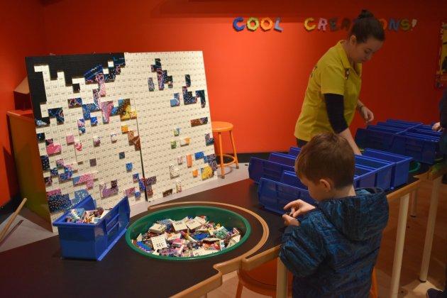 Making a LEGO mosaic