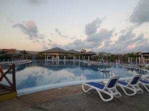 poolside at pestana cayo coco all inclusive resort