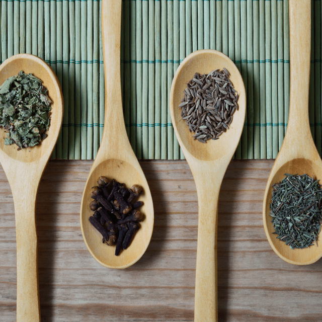 10 DIY Seasoning Blends Herbs