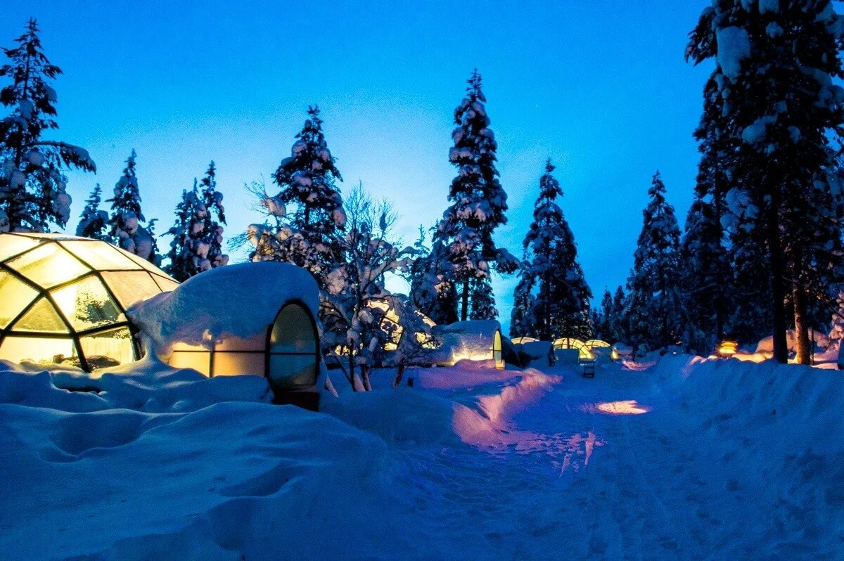 Glass Top Igloos Northern Lights Full HD MAPS Locations Another See The Northern  Lights From A Glass Igloo In The Middle Of The Kakksauttanen Resort Lapland  ...