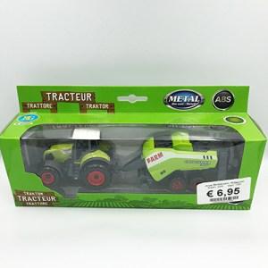Tractor met balenpers