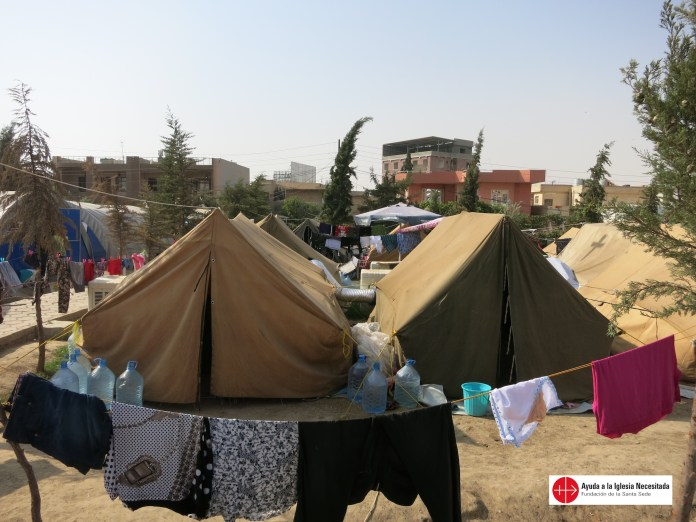 Iraq, 02. -07. 2014 Tents in a refugee camp in Erbil (Arbil) (October 2014)