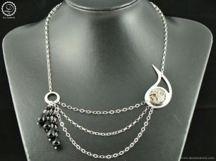 Decimononic - Mechanical Paisley necklace