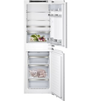 Siemens iQ500 Built-in NoFrost Fridge Freezer 50/50 | KI85NADE0G
