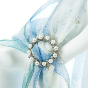 Single Tier Round Pearl and Diamanté Buckle Accessories
