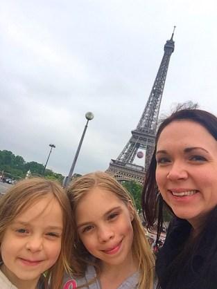 Jennifer Beach in Paris with her Girls