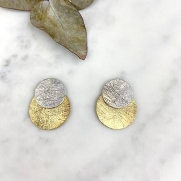 Pendientes eclipse blanco y dorado