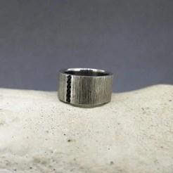 anillo de plata original textura sedas