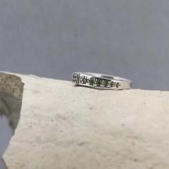 anillo de plata original carril peridoto