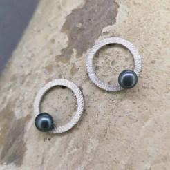 pendientes de plata origen perla gris