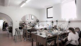 Alchimia Escuela de joyería contemporánea en Firenze, Italia.