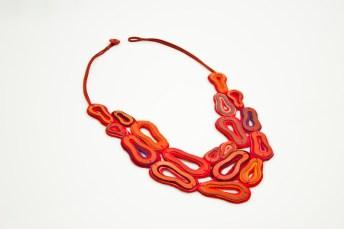 Pisadas - Collar