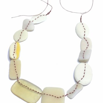 Maria Solorzano - Tiempo - Collar