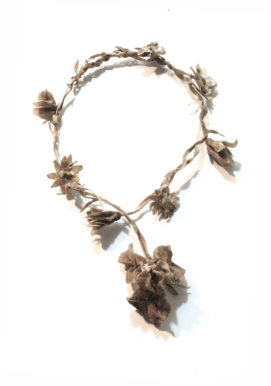Daisy Chain with Bearded Iris