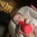 De voordelen van flesvoeding geven