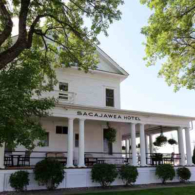 Anniversary Weekend at Sacajawea Hotel