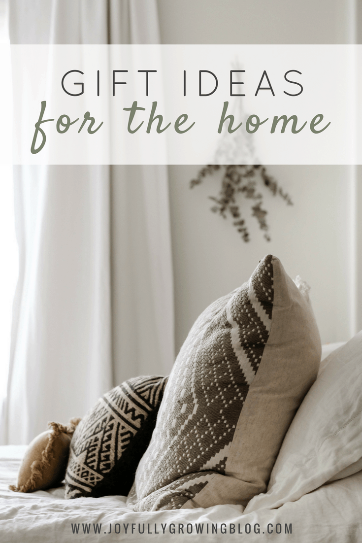 26 classic and neutral gift ideas that will look great in any home! Perfect for decor lovers