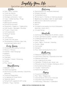 Decluttering Checklist - Declutter your home with this simple checklist!