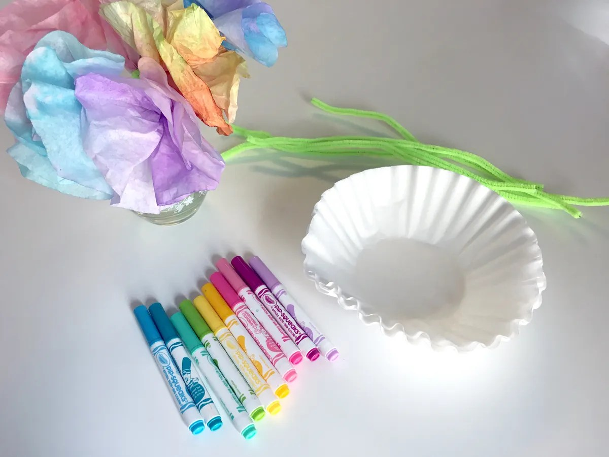 Create fun Freeform Flowers using Coffee Filters, Markers, Pipecleaners and Water! Perfect for a cute decor item or a Mother's Day gift!