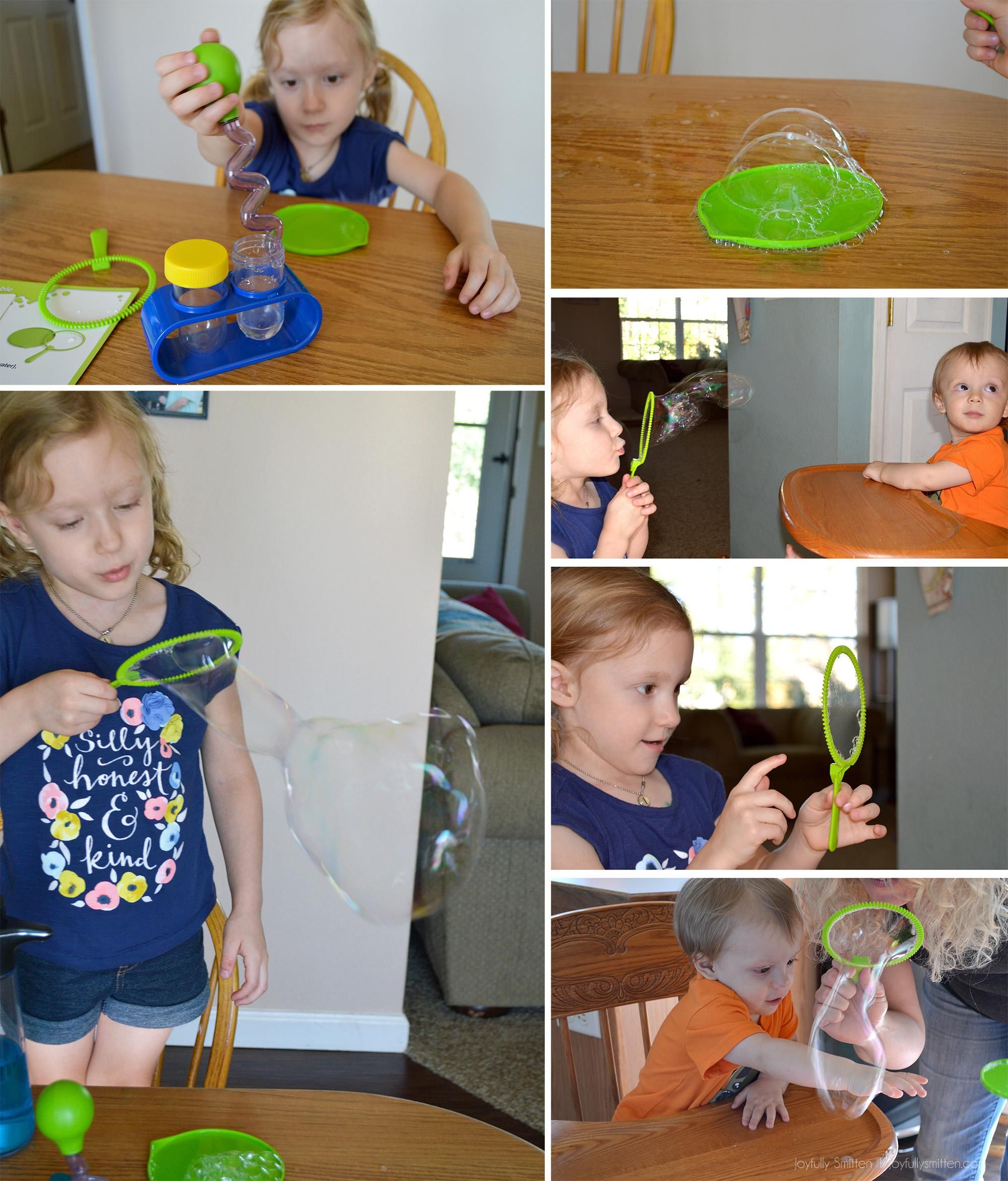 Teach your little ones with these great STEM activities in the WOW and Wonder Set from Learning Resources.