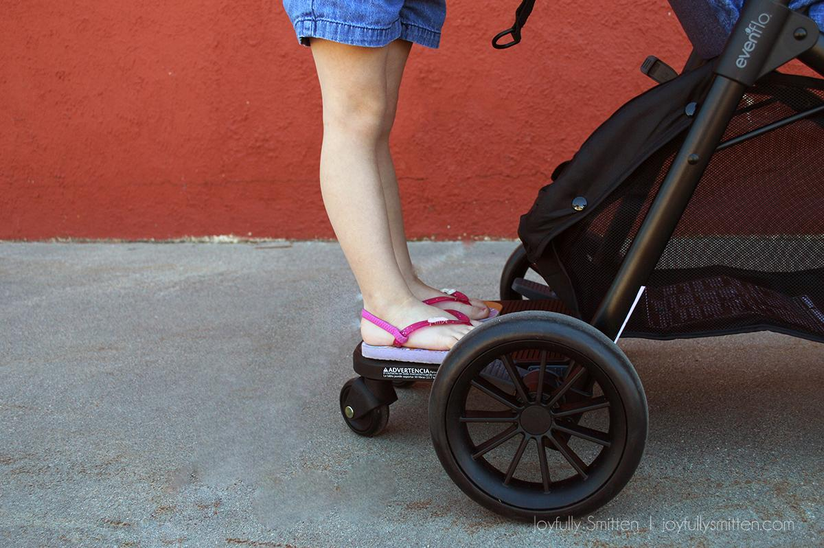 The Evenflo Sibby - a great solution for moms with two kids and the need for one stroller.