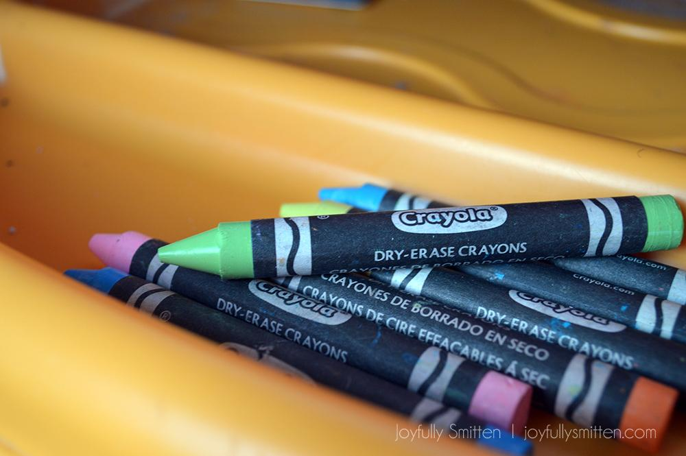 NEON dry erase crayons with Crayola - Make Learning and Back to School even more fun with the fun new products that Crayola offers that are perfect for the school year!