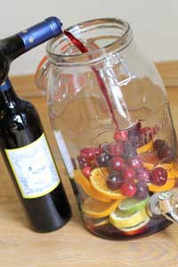 Cinco de Mayo Recipes: Sprarkling Sangria