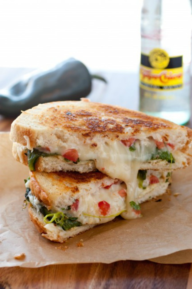 chili reline grilled cheese