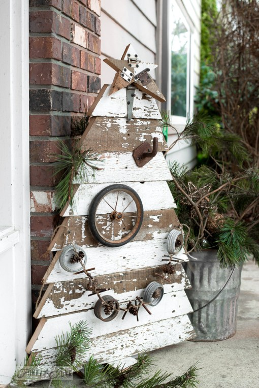 reclaimed-wood-christmas-tree-funky-junk-interiors-2407
