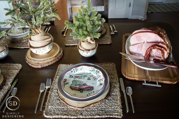 vintage-farmhouse-holiday-table-setting-00547