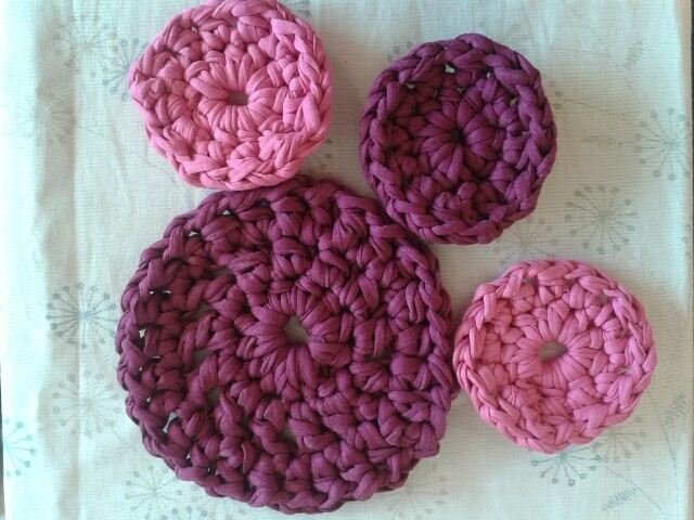 crochet teapot stand and coasters