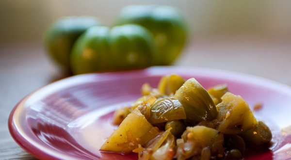 photo of green tomatoes with green tomato sabji