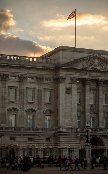 Flag over Buckingham Palace