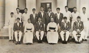 1965 Cricket team led by Travis Fernando. St. Peter's beat St. Joseph's by 6 wickets.