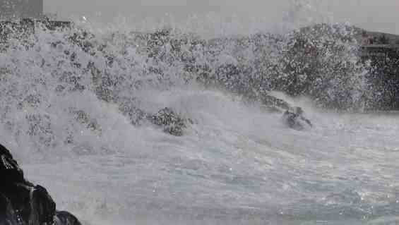 gale forced winds in Fuerteventura