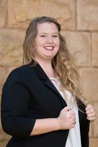 corporate headshot at vermeulen law of kaylee