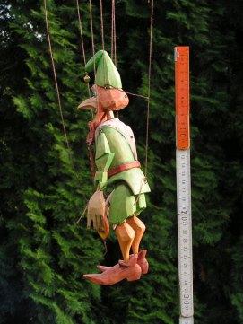 Dřevěná loutka Trubadůr