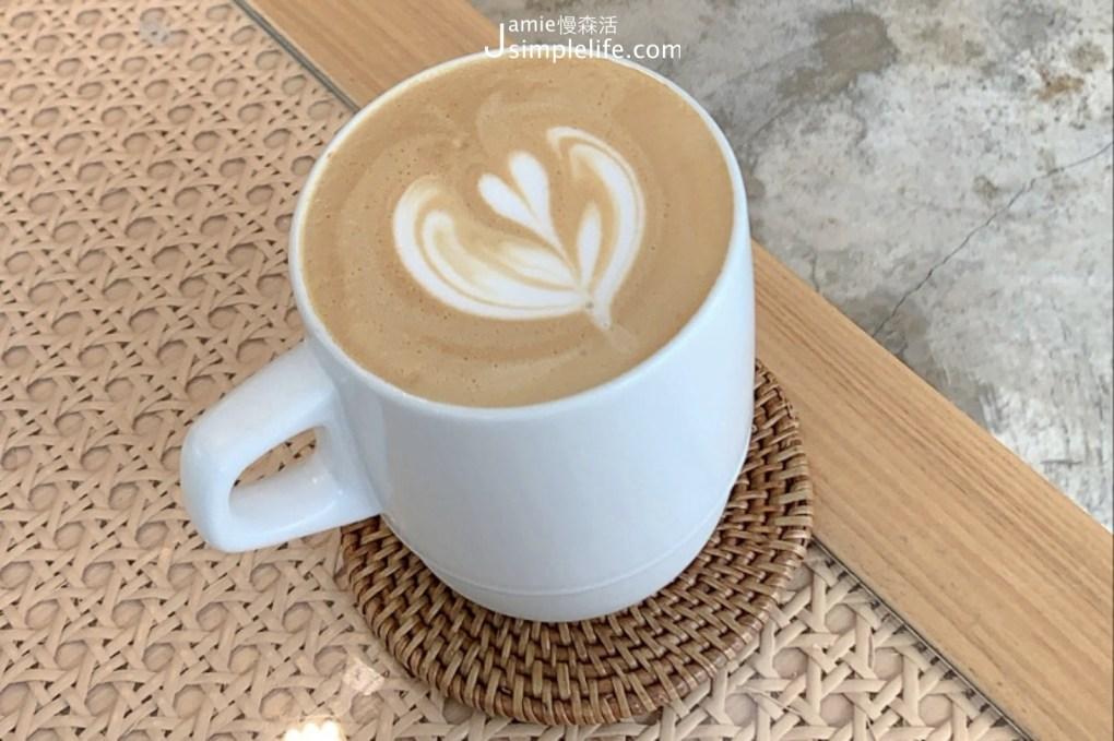 台北陽明山 有明心 Grass Mountain Coffee 拿鐵