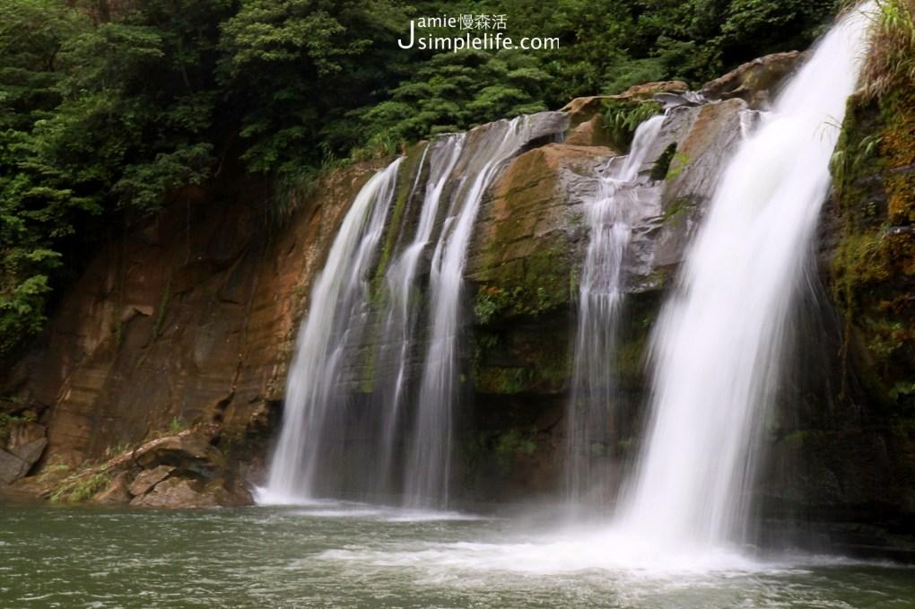 新北平溪嶺腳瀑布