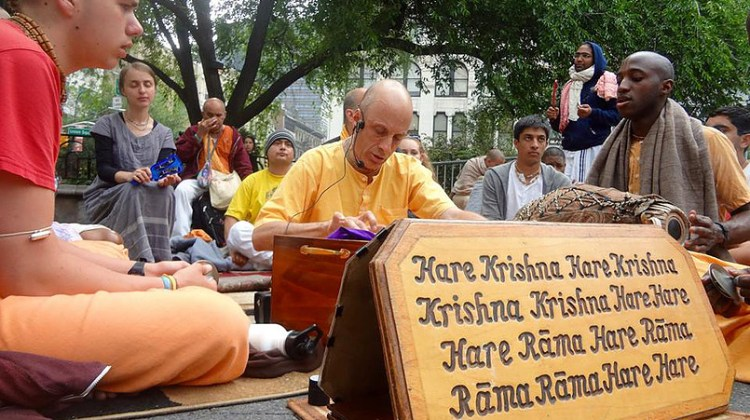 Hare Krishna chanters in NYC seek support