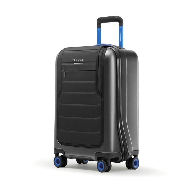 Bluesmart One suitcase travel technologies photo