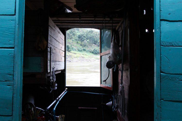 Intérieur de l'un des slow boat sur le Mekong